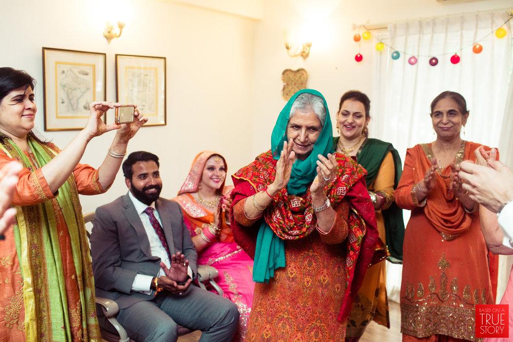 candid-photography-sikh-wedding-bangalore-0047.jpg