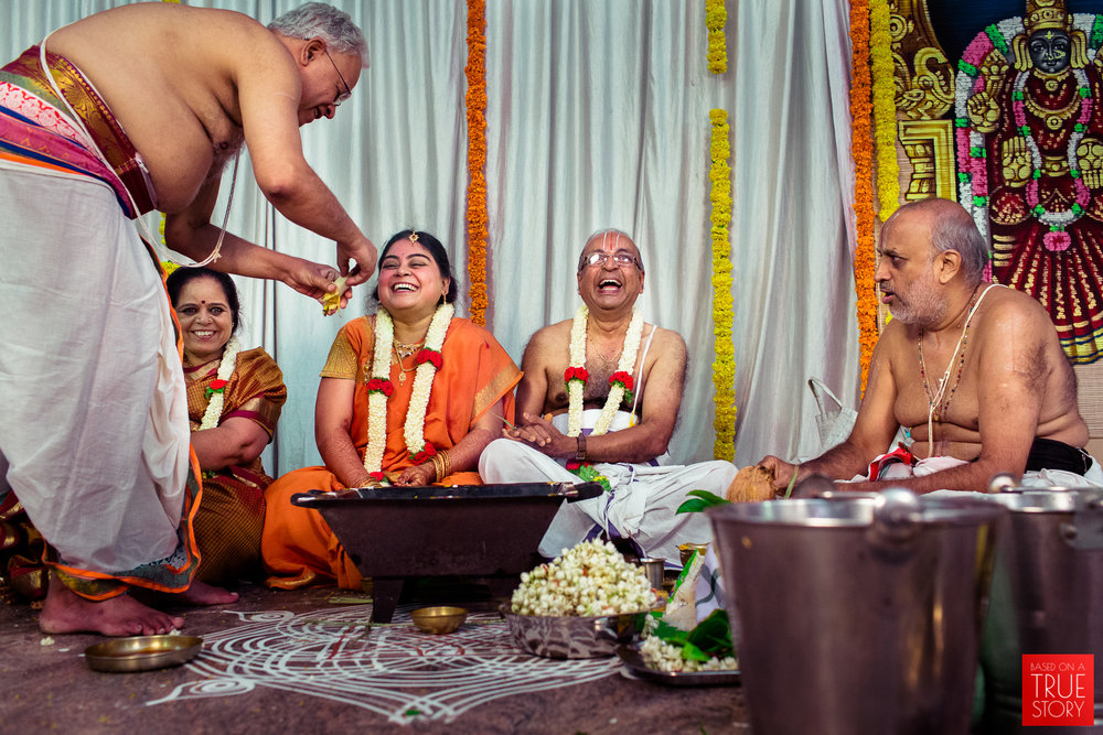 tambrahm-candid-wedding-photographer-bangalore-0002.jpg