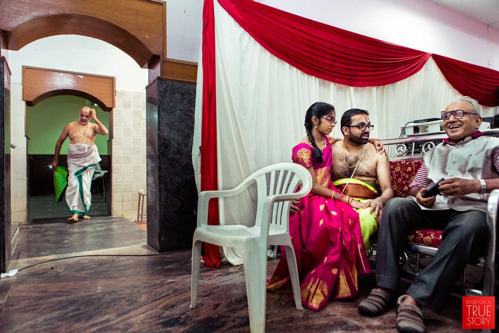 tambrahm-candid-wedding-photographer-bangalore-0008.jpg