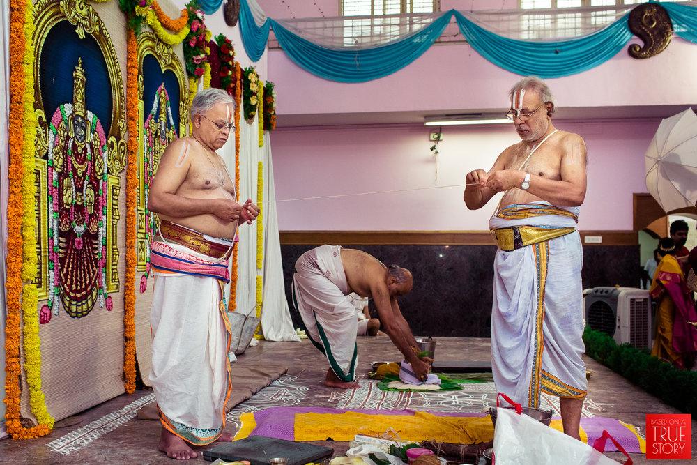 tambrahm-candid-wedding-photographer-bangalore-0009.jpg