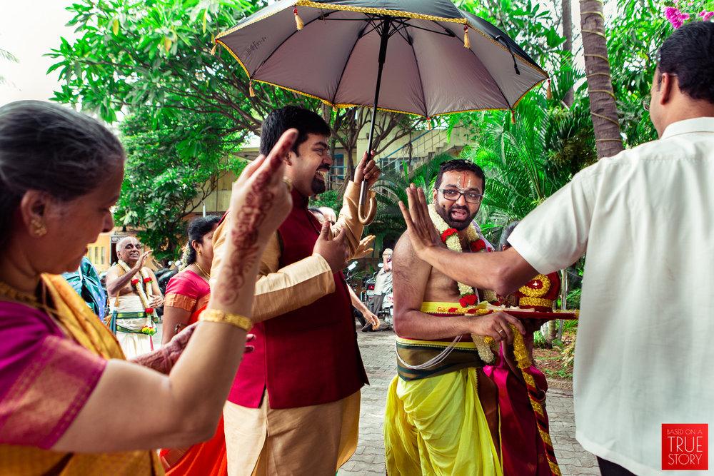 tambrahm-candid-wedding-photographer-bangalore-0018.jpg