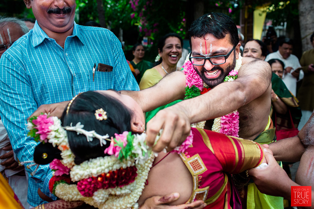 tambrahm-candid-wedding-photographer-bangalore-0023.jpg