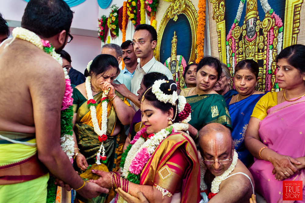 tambrahm-candid-wedding-photographer-bangalore-0034.jpg