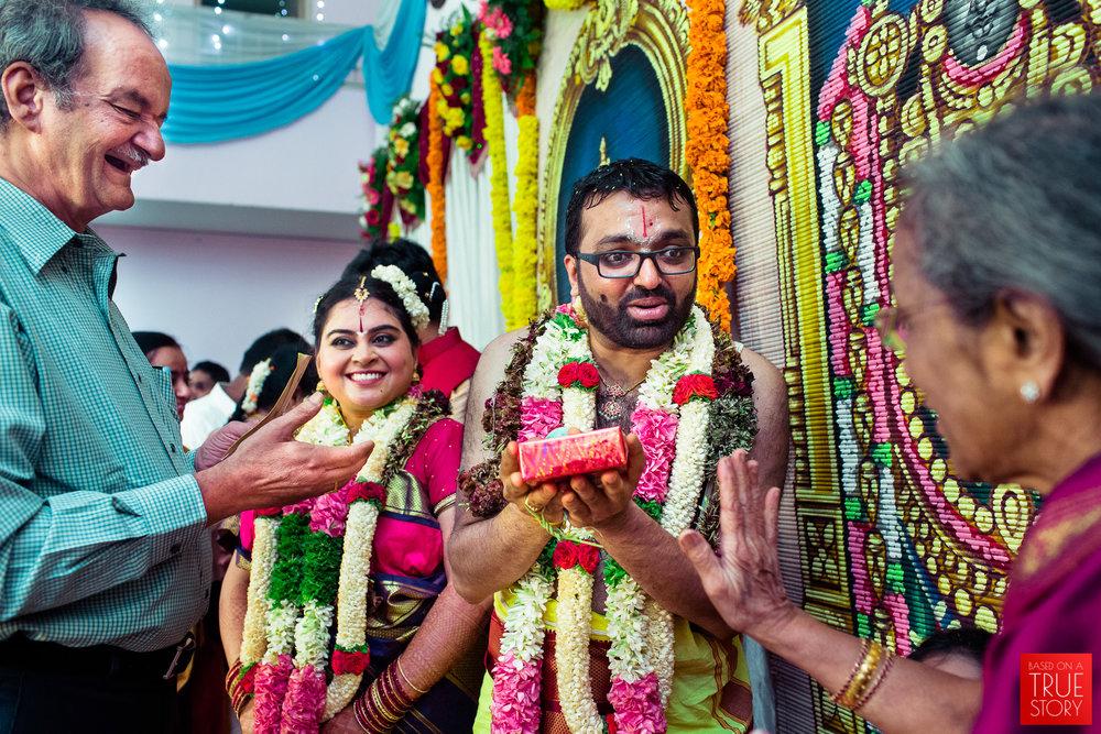 tambrahm-candid-wedding-photographer-bangalore-0047.jpg
