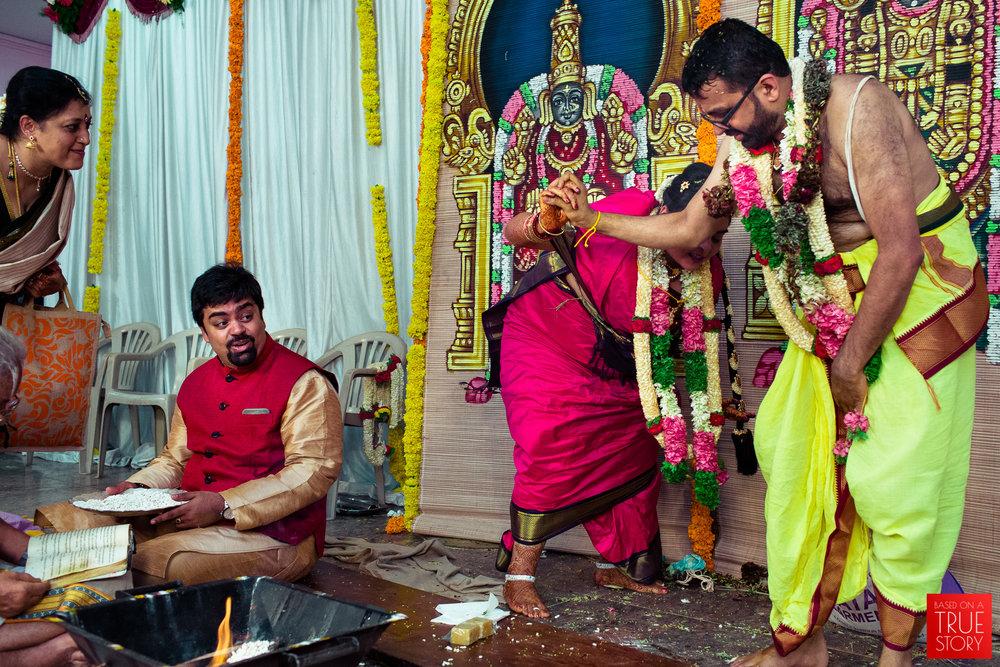 tambrahm-candid-wedding-photographer-bangalore-0049.jpg