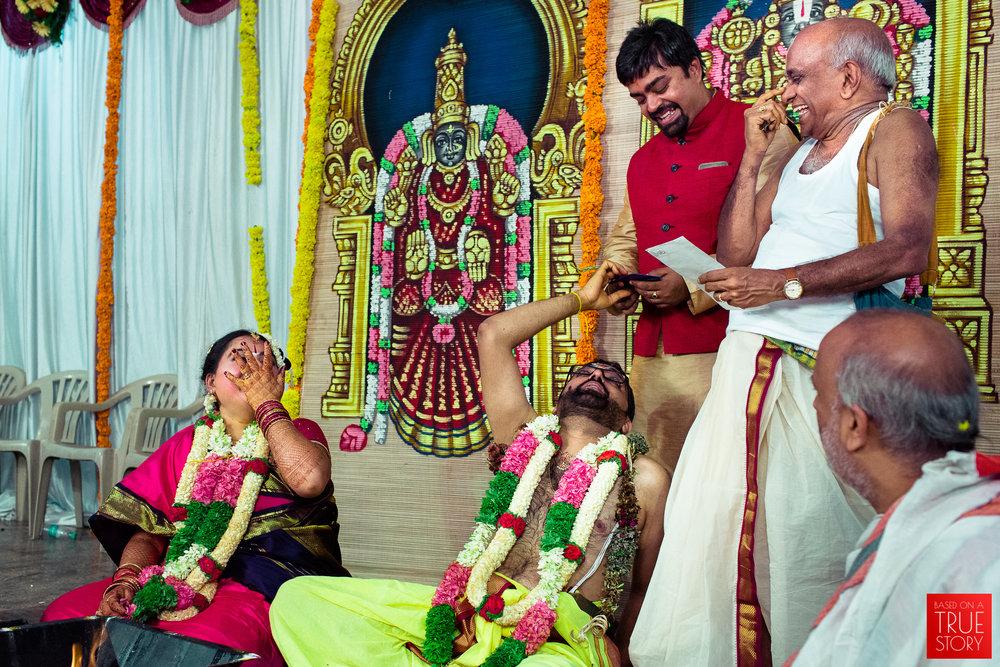 tambrahm-candid-wedding-photographer-bangalore-0050.jpg