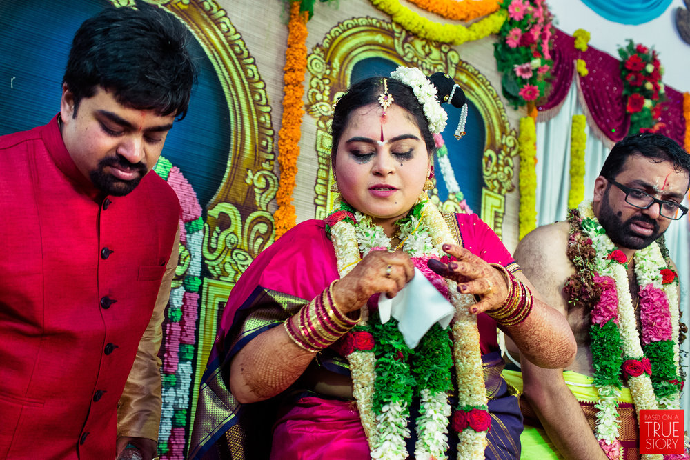 tambrahm-candid-wedding-photographer-bangalore-0052.jpg