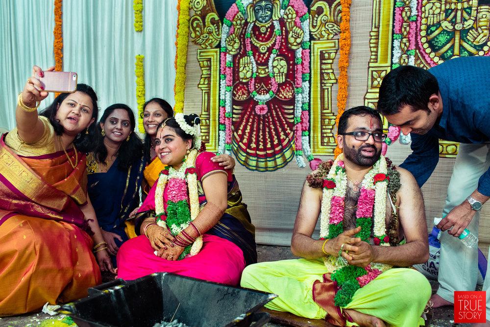 tambrahm-candid-wedding-photographer-bangalore-0055.jpg