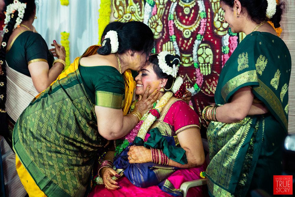 tambrahm-candid-wedding-photographer-bangalore-0064.jpg