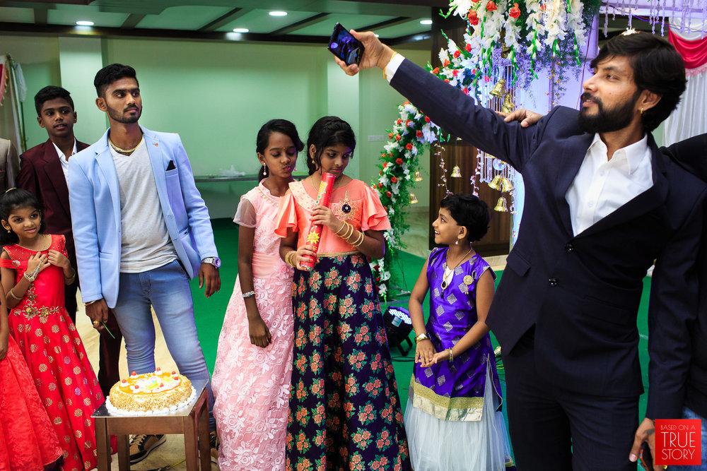 Tamil-Candid-Wedding-Photography-0038.jpg