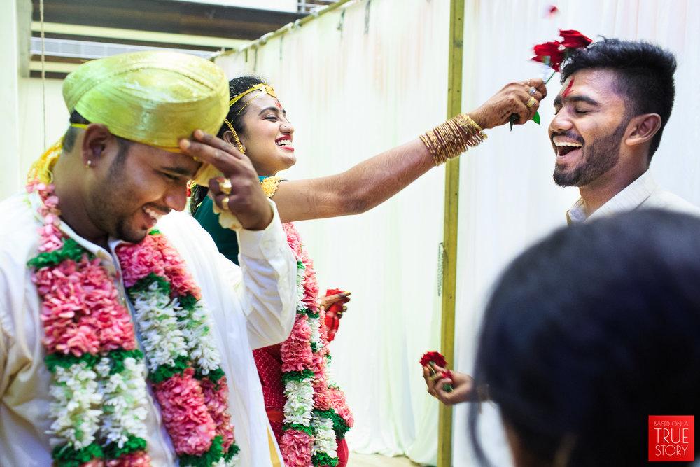 Tamil-Candid-Wedding-Photography-0104.jpg