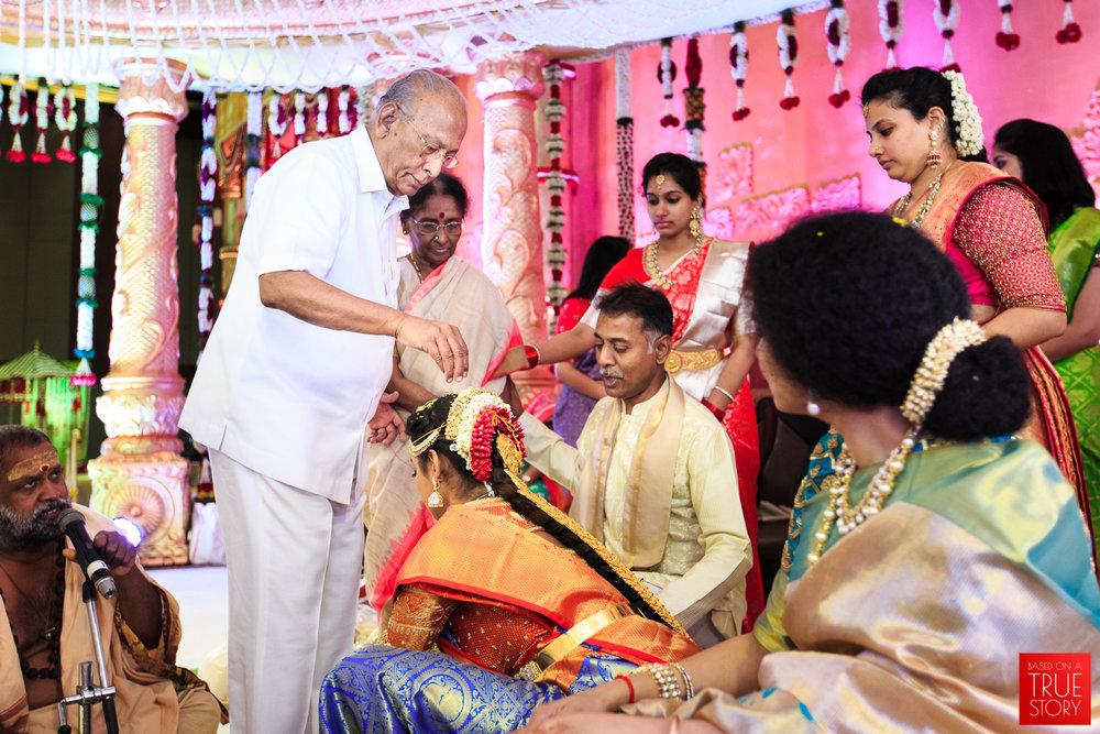 Candid-Wedding-Photography-Hyderabad-0044.jpg