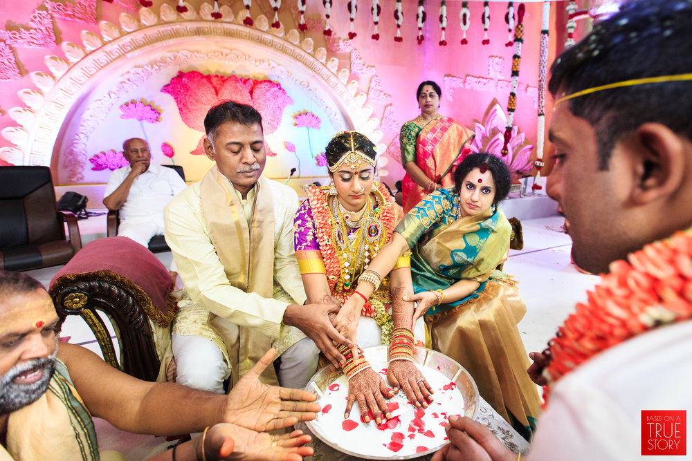 Candid-Wedding-Photography-Hyderabad-0094.jpg