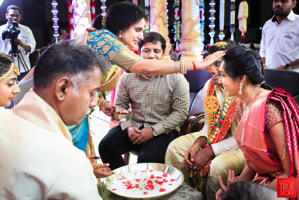 Candid-Wedding-Photography-Hyderabad-0096.jpg