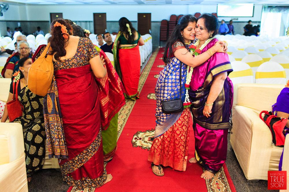 Tambrahm-Candid-Wedding-Photographers-Bangalore-0017.jpg