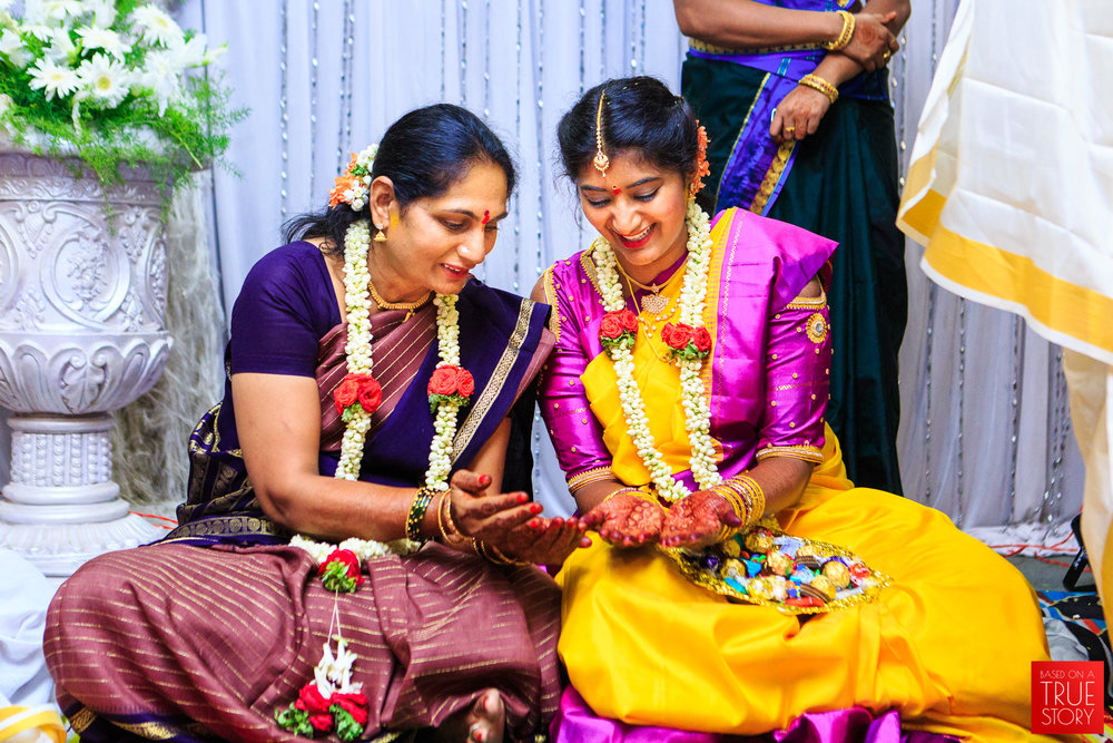Tambrahm-Candid-Wedding-Photographers-Bangalore-0022.jpg
