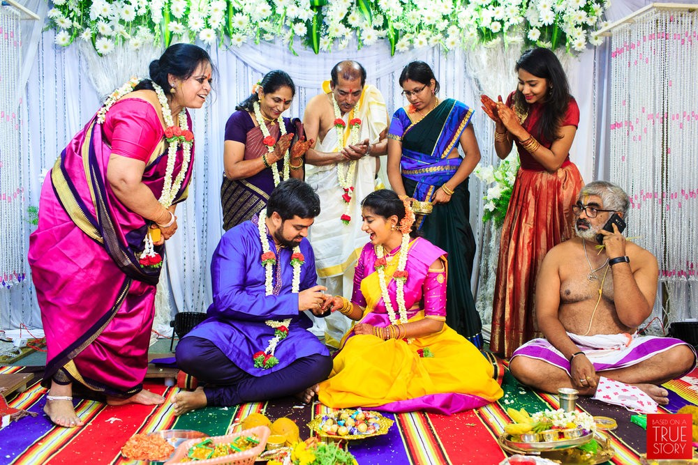 Tambrahm-Candid-Wedding-Photographers-Bangalore-0023.jpg