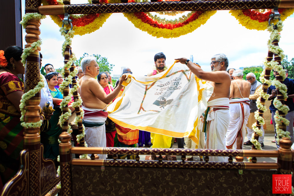 Tambrahm-Candid-Wedding-Photographers-Bangalore-0048.jpg
