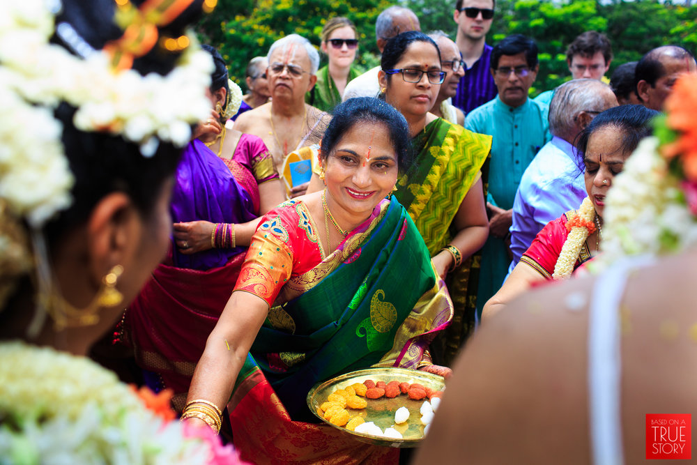 Tambrahm-Candid-Wedding-Photographers-Bangalore-0055.jpg