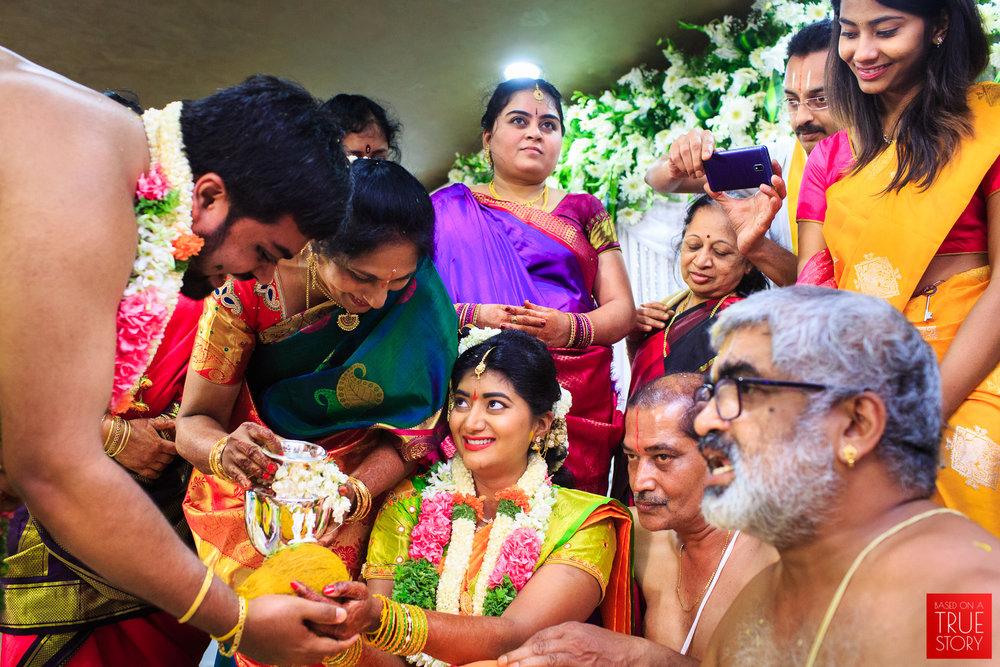 Tambrahm-Candid-Wedding-Photographers-Bangalore-0068.jpg