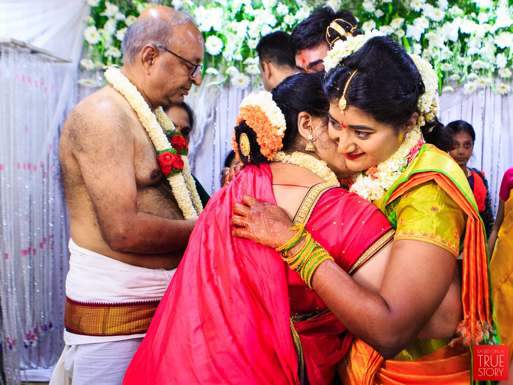 Tambrahm-Candid-Wedding-Photographers-Bangalore-0070.jpg