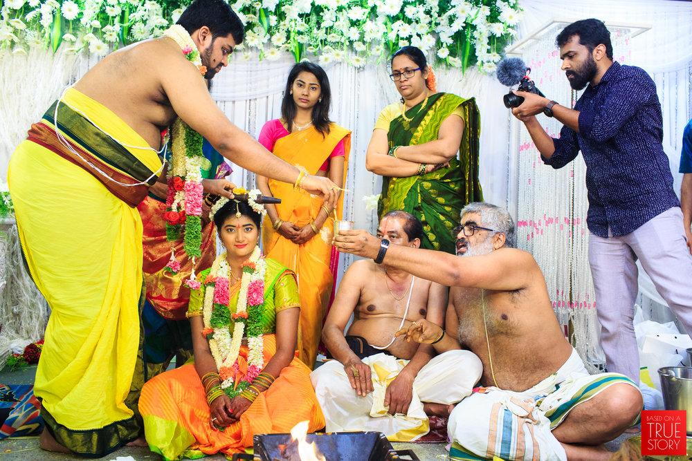 Tambrahm-Candid-Wedding-Photographers-Bangalore-0072.jpg