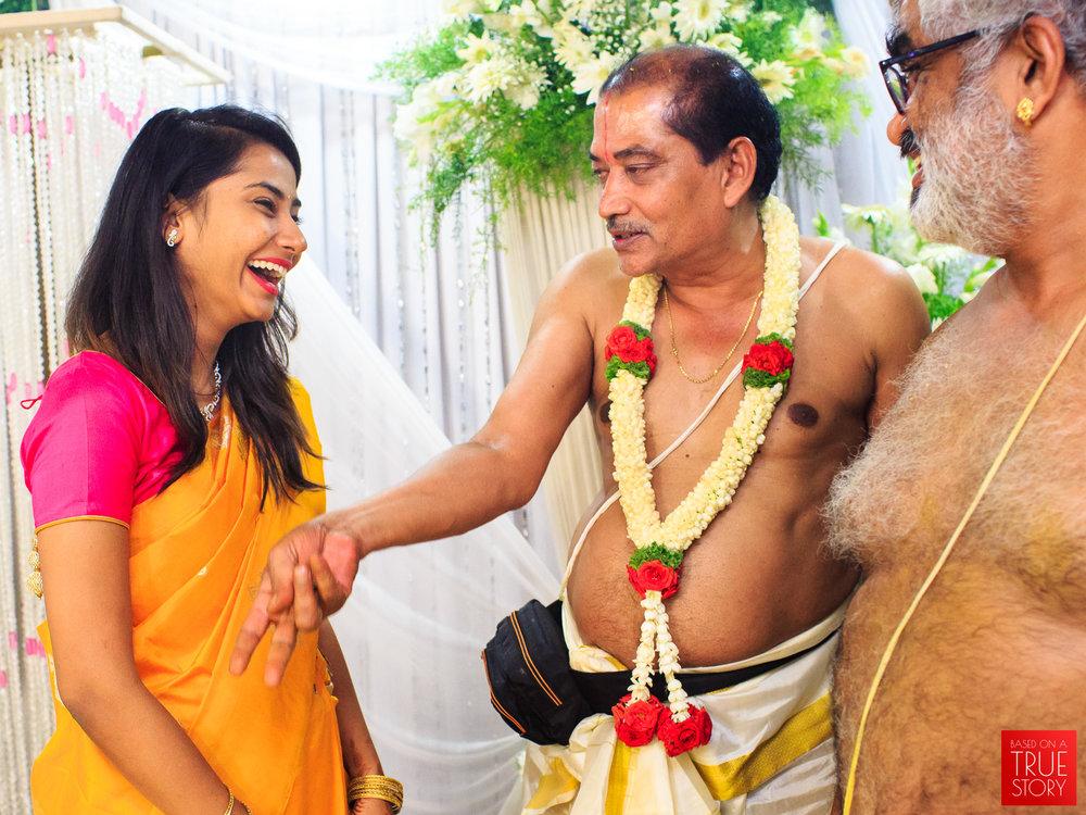 Tambrahm-Candid-Wedding-Photographers-Bangalore-0083.jpg