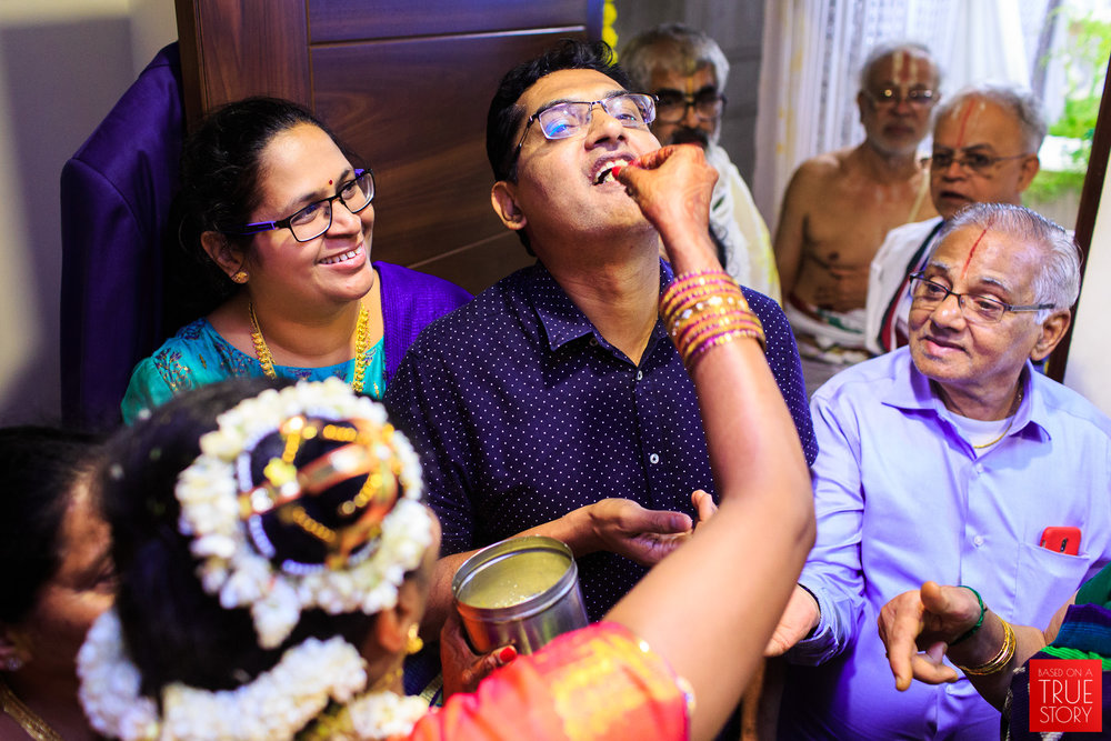 Tambrahm-Candid-Wedding-Photographers-Bangalore-0117.jpg