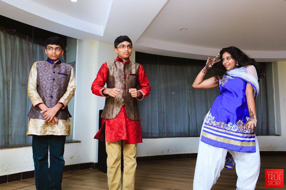 candid-wedding-photography-bhubaneswar-0006.jpg
