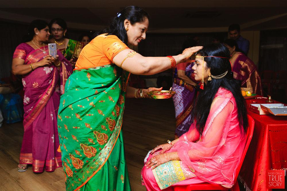 candid-wedding-photography-bhubaneswar-0037.jpg