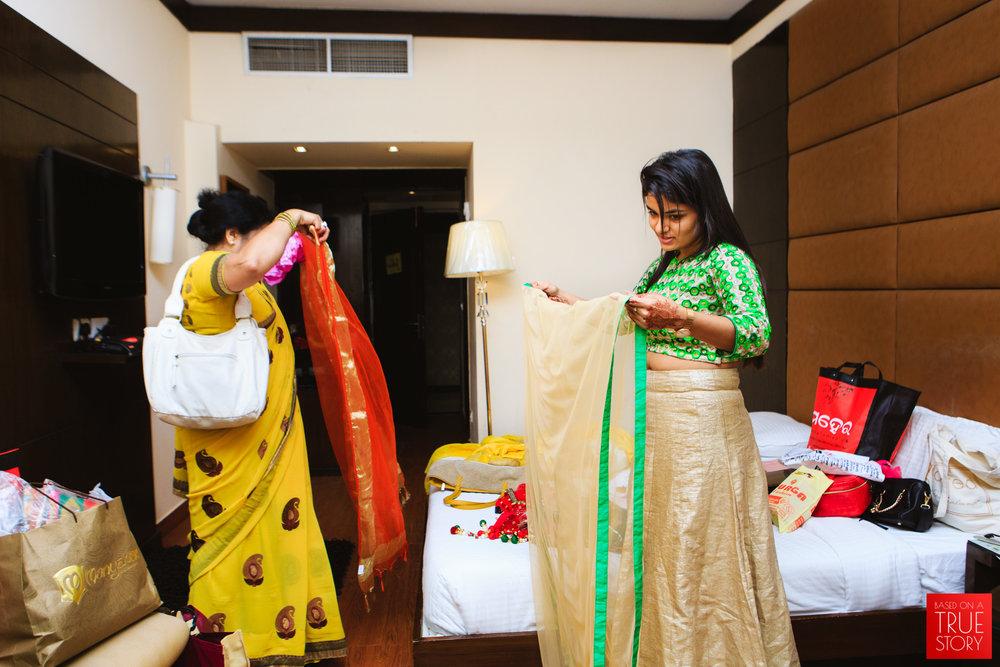 candid-wedding-photography-bhubaneswar-0055.jpg