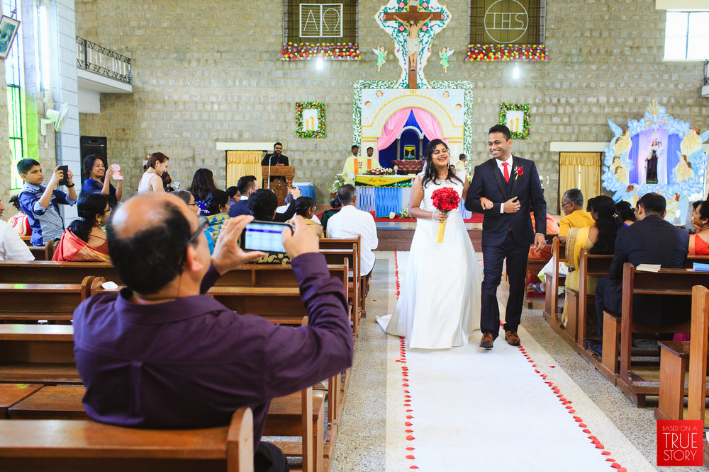 candid-photography-christian-wedding-bangalore-0002.jpg