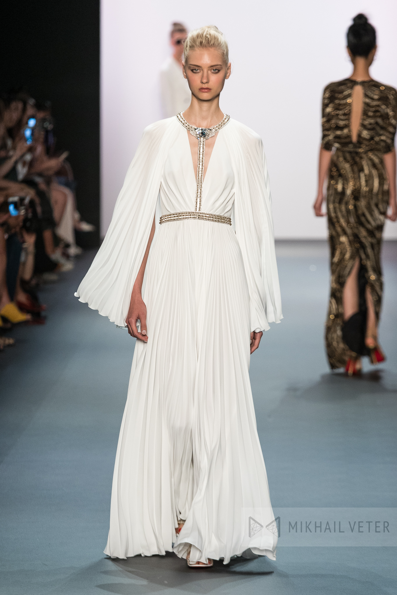 jenny-packham-new-york-fashion-week-0109