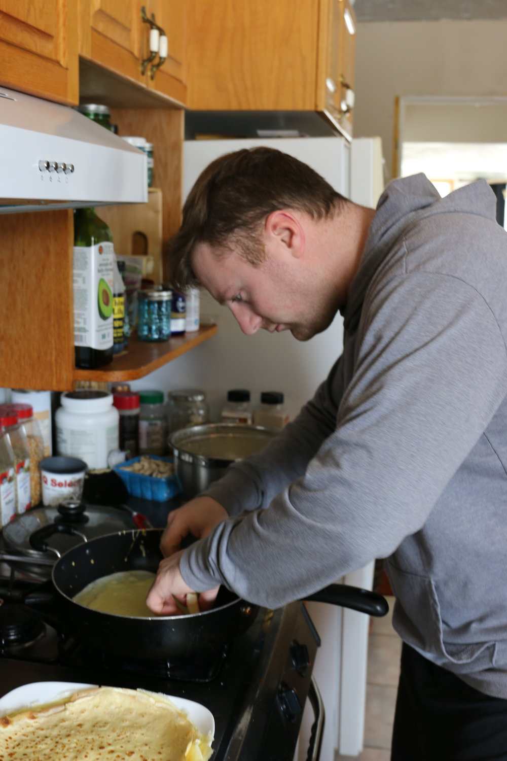 Luke is a master crêpe maker!