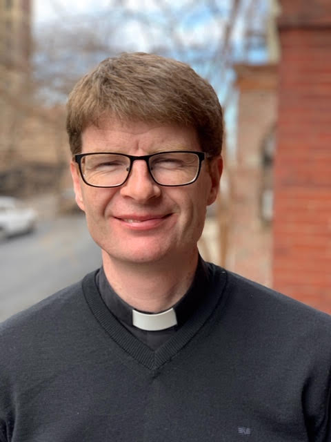 Fr. Paul Glennon - I grew up in Ireland and received an BEng (Hons) Degree in Mechanical Engineer, working 10 years in various fields. During this period I had a strong spiritual experience that led me to do ESM Rome. This was a transformative experience that included the call to priesthood. I was ordained for the Dublin diocese in 2015. After 2 years in parish I was generously allowed to take up the mission of chaplain in ESM New York. It's a great joy to work with young people and to see God acting in so many ways during the foundation of ESM in the Bronx.
