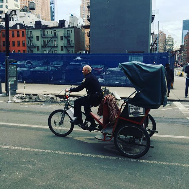 WHEN THE NYPD TAKES CHARGE. #doyouhaveapermitforthatrickshaw?