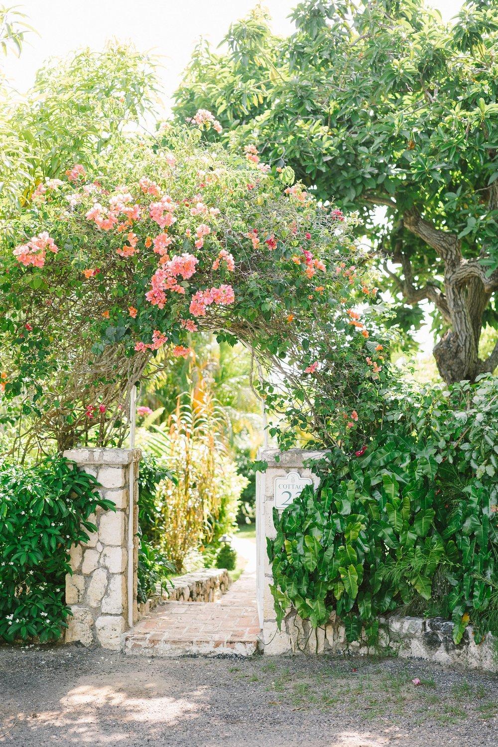 0008Luxury_Jamaica_Wedding_Round_Hill_Resot.JPG