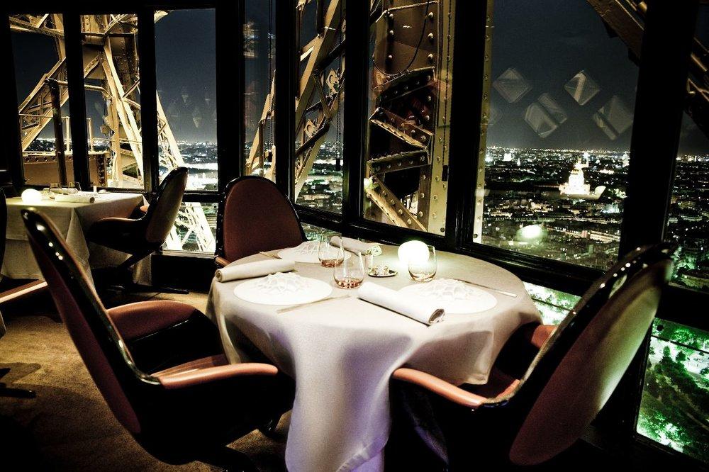 Restaurante da torre / Crédito parisinfo.com (Google)