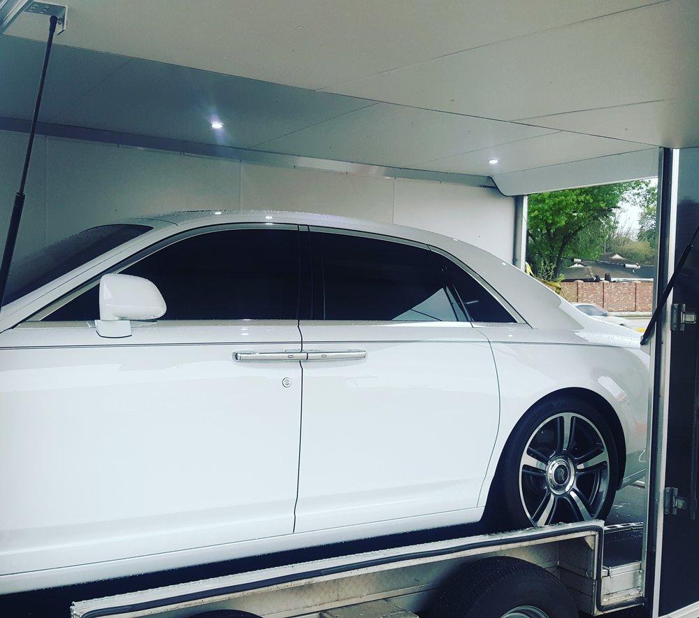 Trailer Bentley.jpg