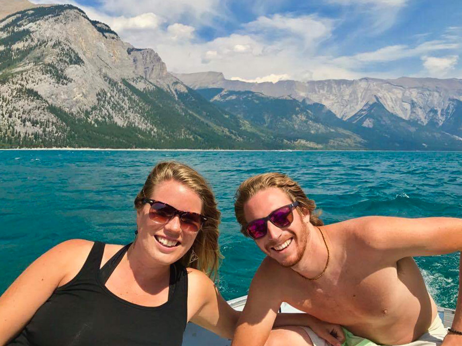 Lake Minnewanka Tourism
