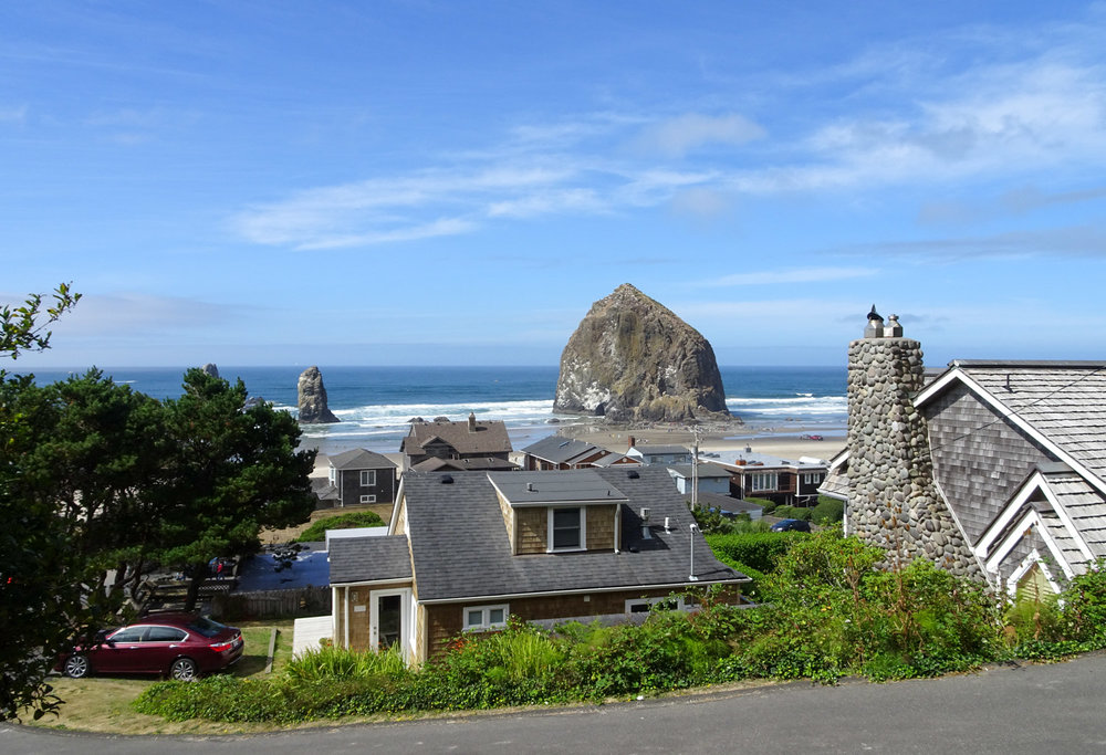 CannonBeach_Shoreline.jpg