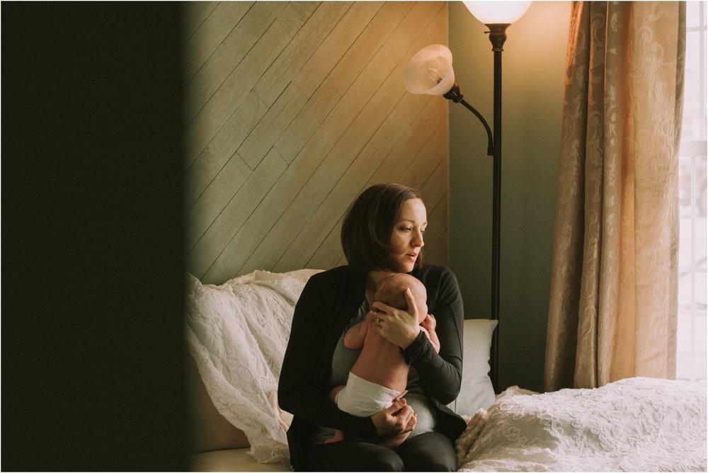 In Home Newborn Session 2.jpg