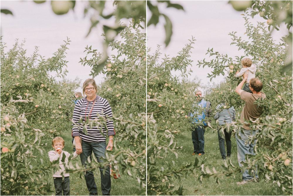 Wisconsin Apple Picking Documentry Photographer 3.jpg