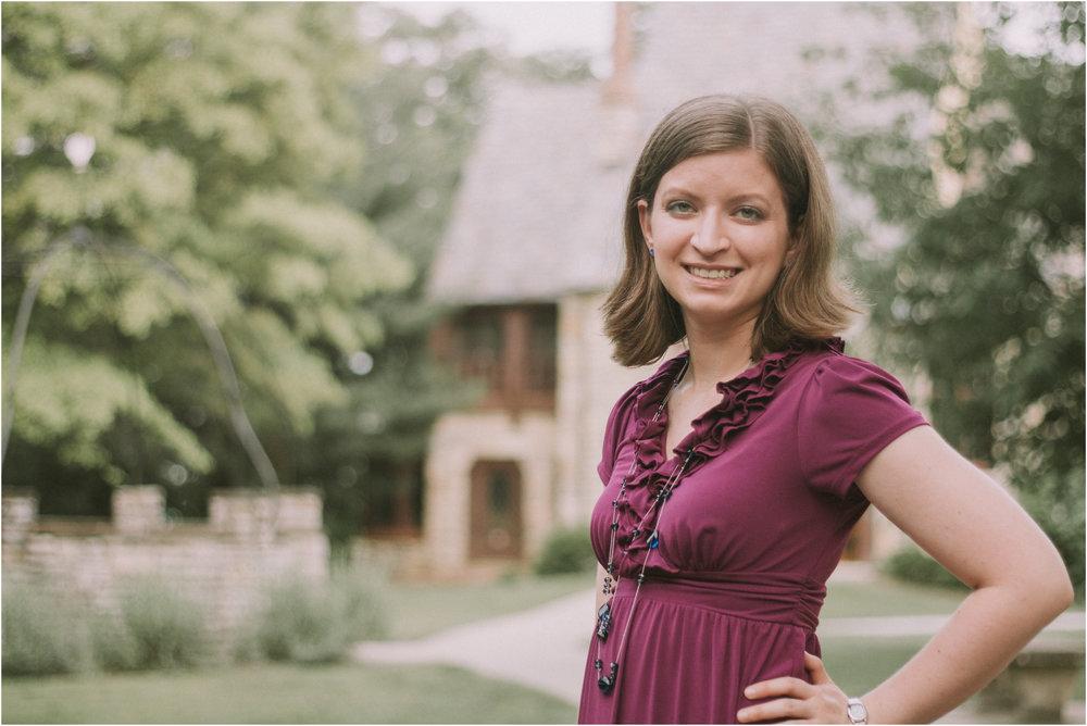 Outdoor Wisconsin Women's Portrait Photographer 4.jpg