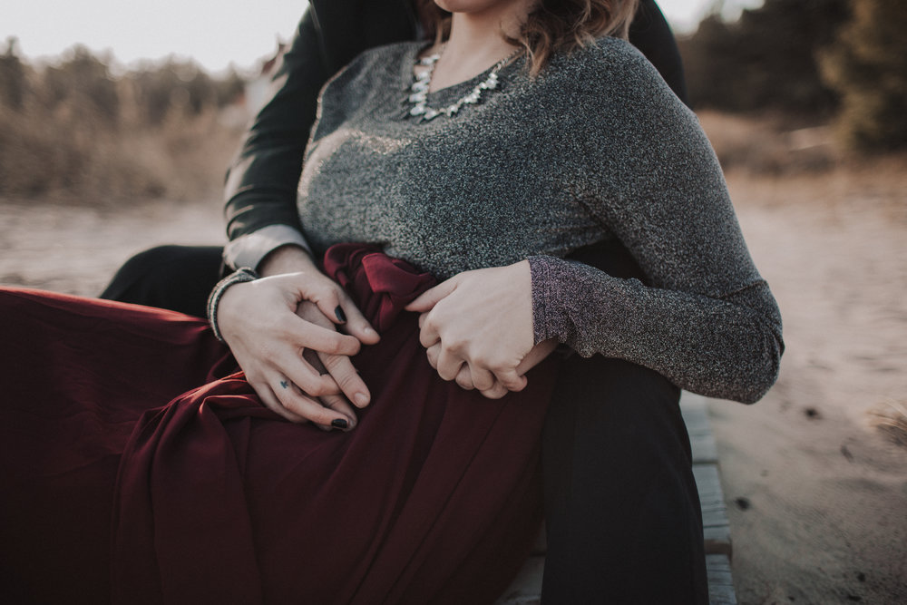- Elle Helgesonelle@ellextroy.com920-664-0802Green Bay, Wisconsin Intimate Couples and Single Parent Photographer for Wild Souls.