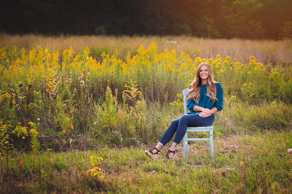 senior-girl-pictures-urbandale-4.jpg