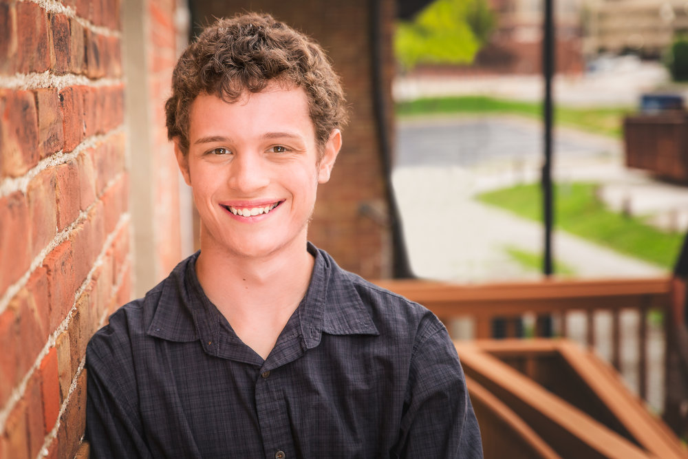 senior-guy-pictures-urbandale-6.jpg