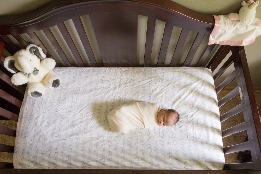 newborn-photographers-urbandale-10.jpg