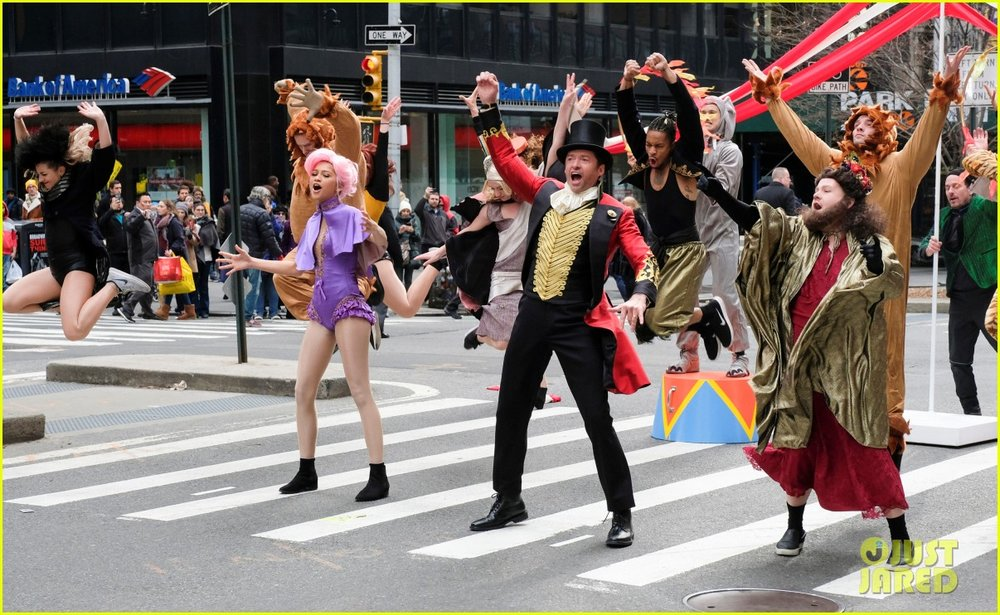 zac-efron-zendaya-and-hugh-jackman-join-james-corden-in-epic-crosswalk-musical-05.jpg