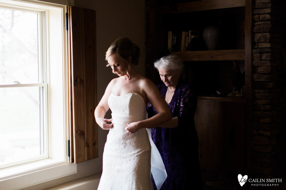 Sarah_Corey_Spruce_Mountain_Ranch_Wedding_0007.jpg